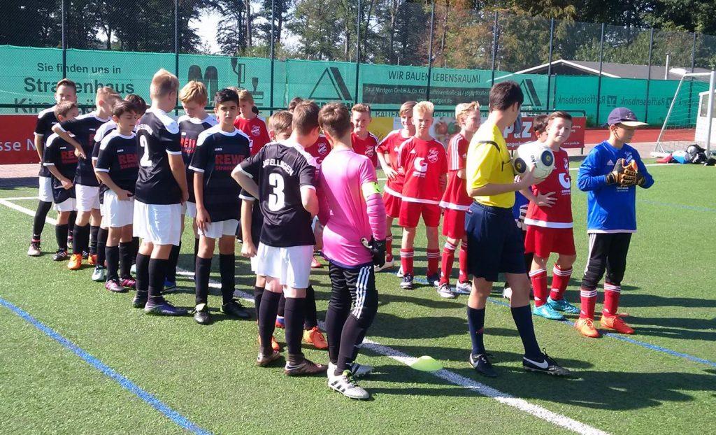 EInlauf unserer U12 und der D-Jugend aus Ellingen